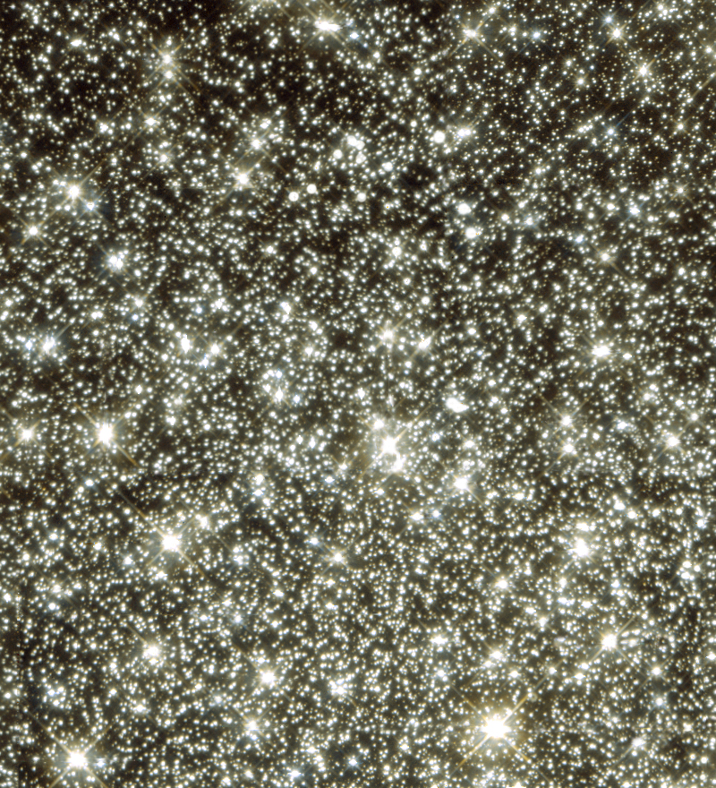 Globular Cluster M22. These stars seem crowded. It's good the universe keeps crating more space.